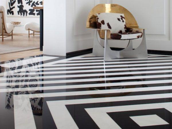 Комбо черно-белого цвета, графические или геометрические узоры