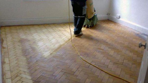 Пыль и стружку нужно удалять как можно чаще