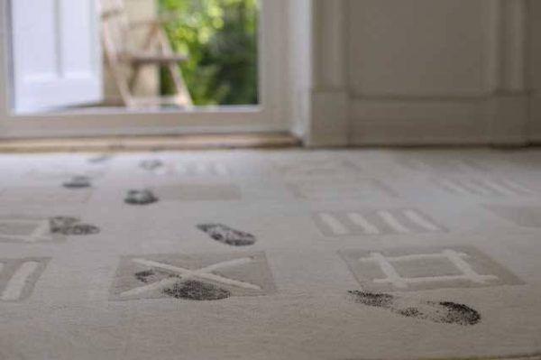 Сухая чистка ковролина. Как почистить ковролин в домашних условиях от различных загрязнений