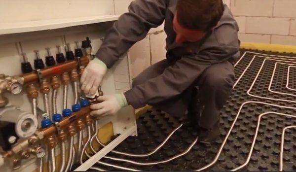 Установка термостатических головок с сервоприводом