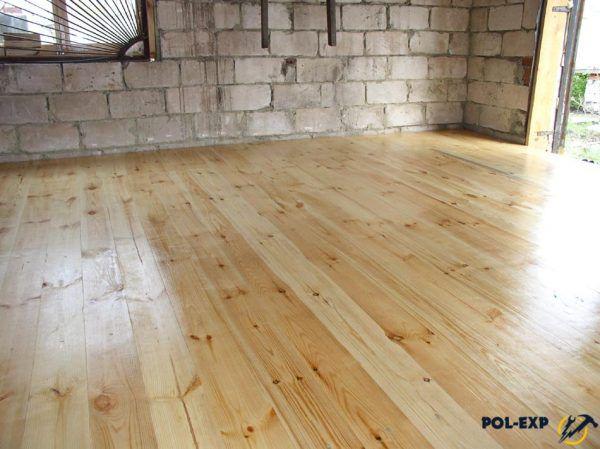 Чем обработать деревянный пол в гараже