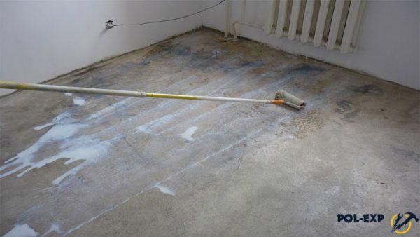 Грунтование бетонного основания