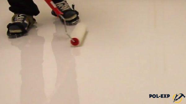 Прокатка поверхности игольчатым валиком