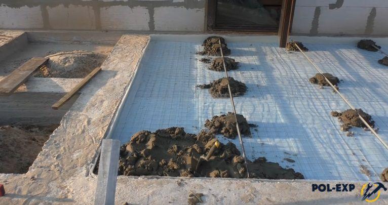 бетонируем полы в частном доме своими руками