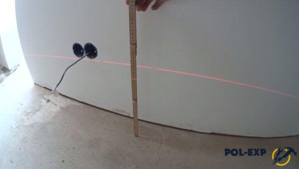 Луч лазерного луча и расстояние от луча до пола