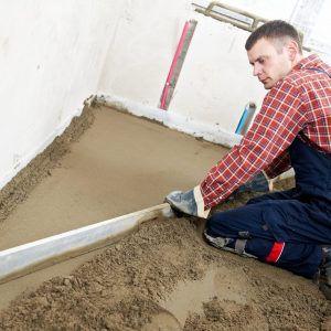 Стяжка из цементно-песчаной смеси