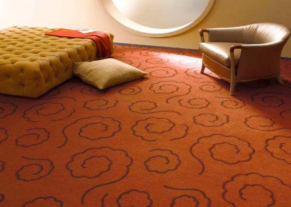 Для спальни лучше выбрать ковролин со средним или длинным ворсом