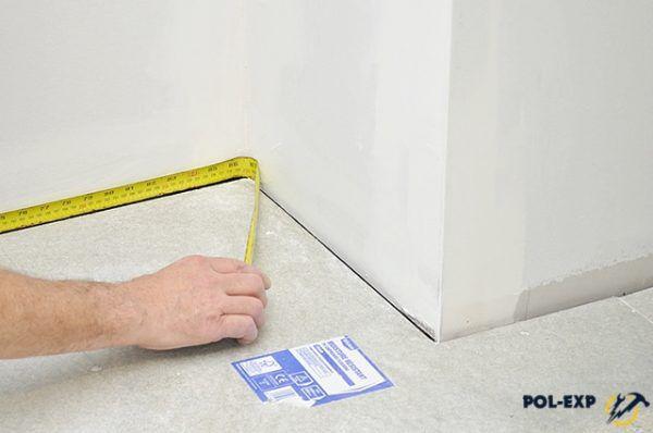 Расчет площади прямоугольной комнаты