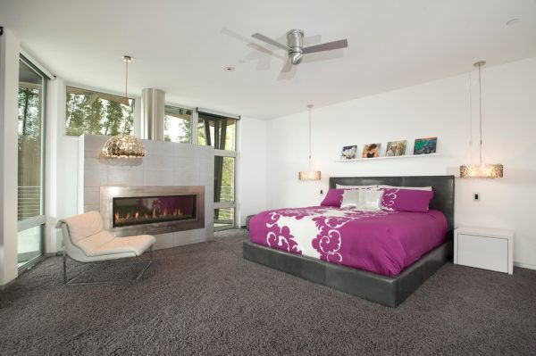 Серый ковролин в спальне
