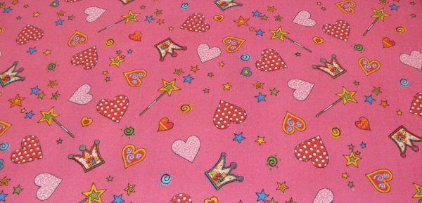 Сказочный мотив рисунка в розовых тонах понравится маленькой девочке