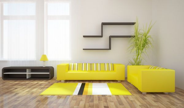 Желтый цвет хорошо сочетается с белым и бежевым
