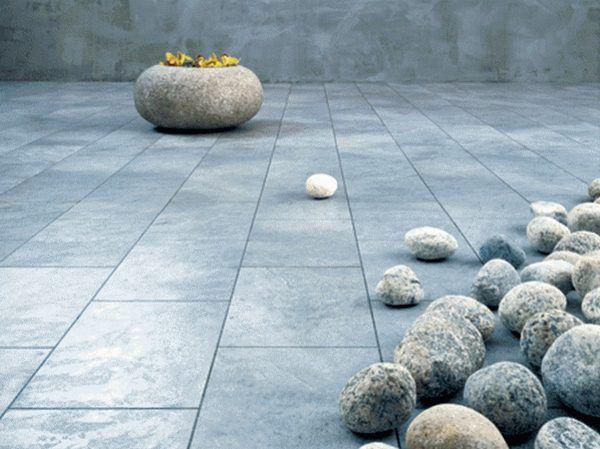 Каменный пол отличается продолжительным сроком службы