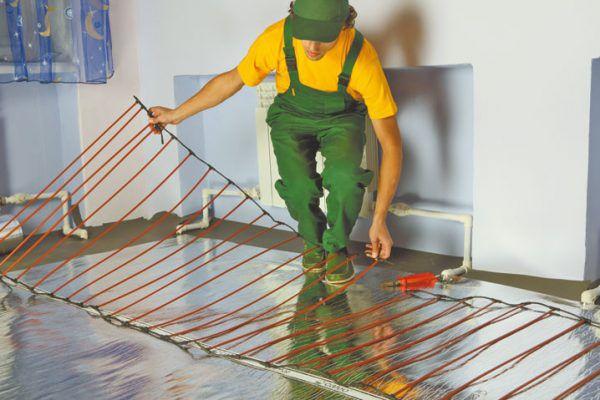 Карбоновые теплые полы применяются как основное отопление загородных домов, квартир, офисных зданий, складов различного назначения, а также как система антиобледенения