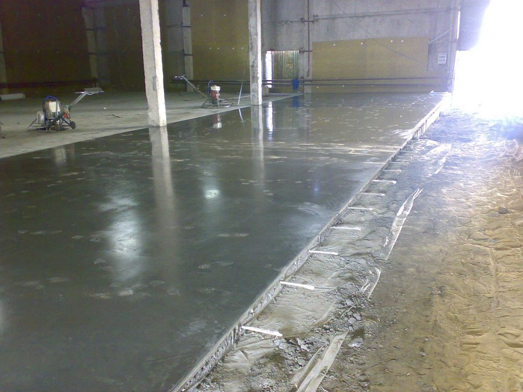 Зачем железнят бетон проект дома из керамзитобетона 10х10