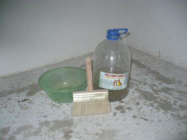 Жидкое стекло используется в самых разных сферах