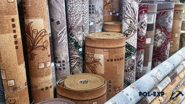 Паласы продаются в рулонах различной ширины