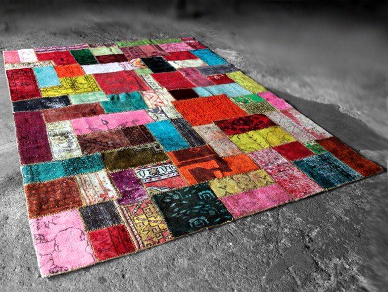 Kak-sshit-kovrik-dlya-pola Как сделать ковёр своими руками: история развития ремесла, материалы для изготовления и мастер-класс