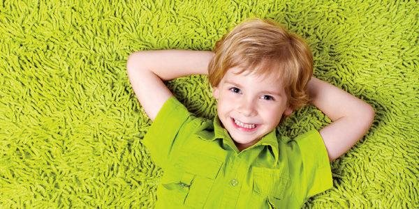 Лежать на ковролине очень приятно