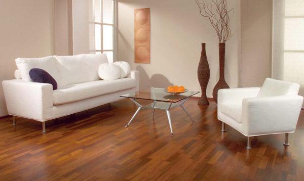Линолеум на полу в гостиной