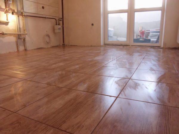 Напольная плитка в квартире