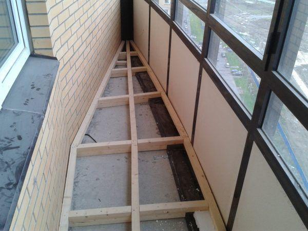 Настил пола на балкон
