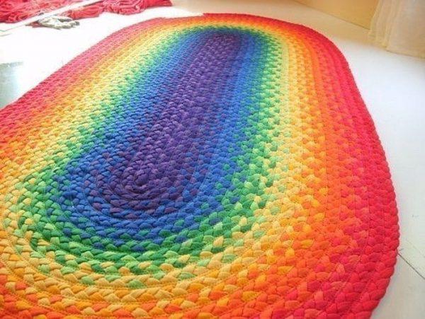 Разноцветный коврик своими руками
