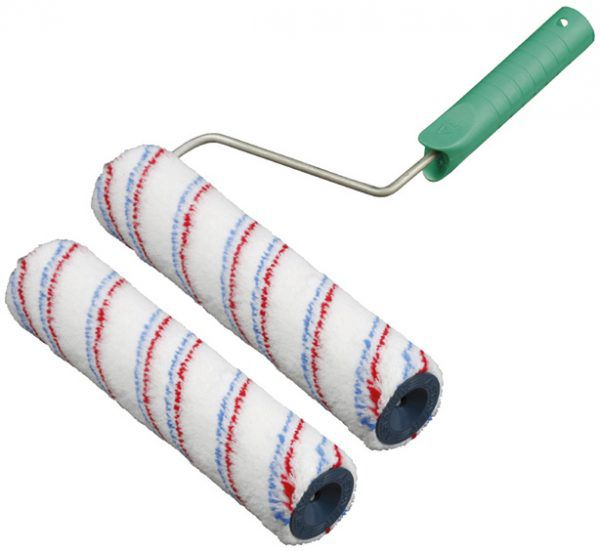 Валик может использоваться для покраски широкого плинтуса