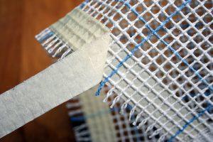 tabl-1-4-300x200 Как сделать ковёр своими руками: история развития ремесла, материалы для изготовления и мастер-класс