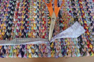 tabl-3-7-300x200 Как сделать ковёр своими руками: история развития ремесла, материалы для изготовления и мастер-класс