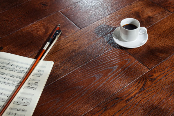 Брашированный деревянный пол
