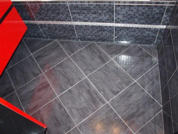 Как класть плитку на пол в туалете