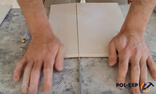 Плитка разламывается по линии отреза