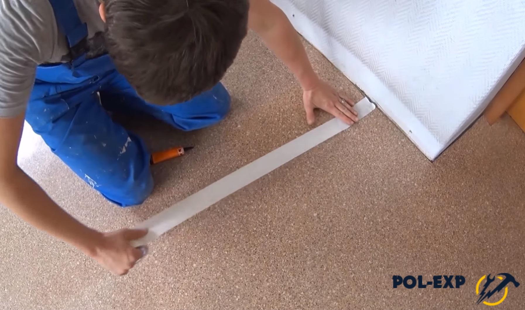 Как и чем склеить линолеум в домашних условиях – разбираем способы стыковки