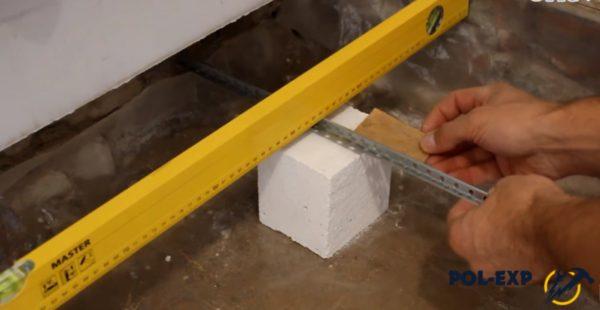 Использование подкладки из фанеры