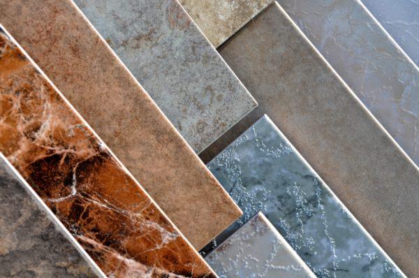 Фактурная поверхность плитки обеспечивает ее противоскользящие свойства