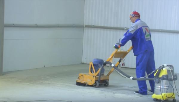 Подключенный к агрегату пылесос позволит снизить уровень пылеобразования