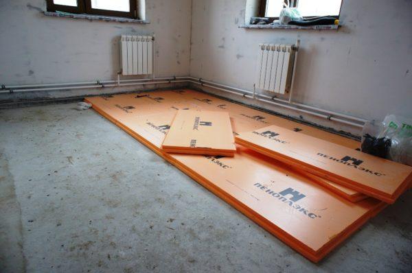 Утепление бетонного основания в типовой городской квартире