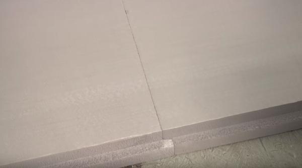 L-образная кромка перекрывает мостики холода