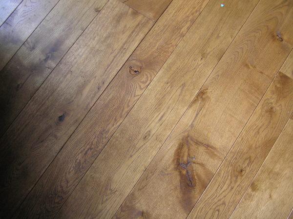 Фактура чистового деревянного пола