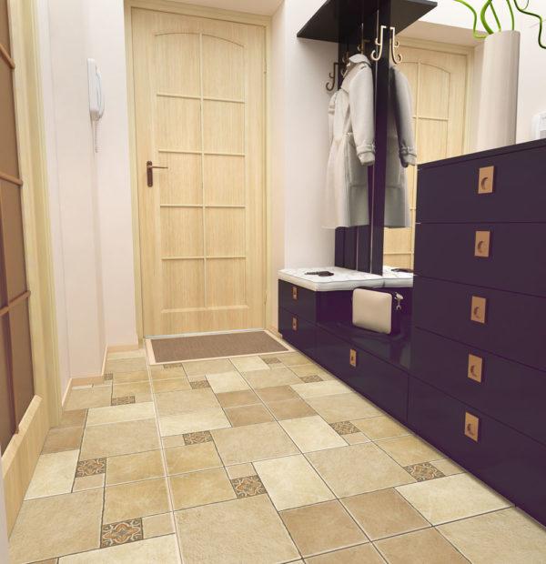 Рисунок плитки на полу в прихожей позволяет визуально сделать помещение просторнее