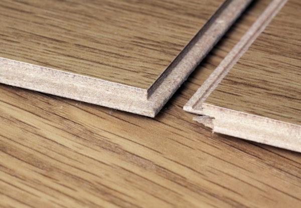 На 90% ламелия состоит из продуктов деревообработки, поэтому относится к классу деревянных покрытий для пола