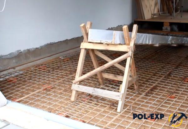 Самодельный желоб для подачи бетона