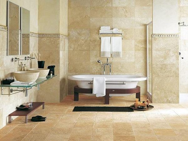 Натуральный камень используется для отделки пола в ванной комнате нечасто, ведь это покрытие достаточно дорогостоящее и часто скользкое