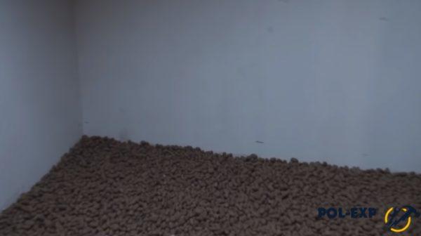 Поверхность керамзита выровнена