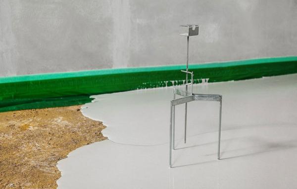 Репер считается оригинальным и профессиональным маяком, который используется под наливной пол