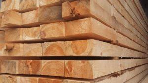 От качества древесины зависит долговечность деревянного пола
