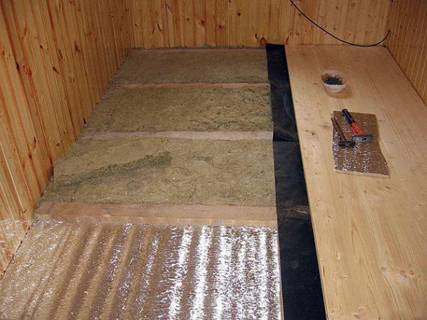 Утеплители, используемые в жилых помещениях, должны строго соответствовать санитарным нормам