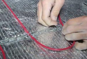 Шаг 14. Раскладка кабеля змейкой