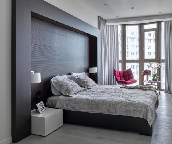 Темные оттенки лучше использовать в комнатах с достаточным естественным освещением