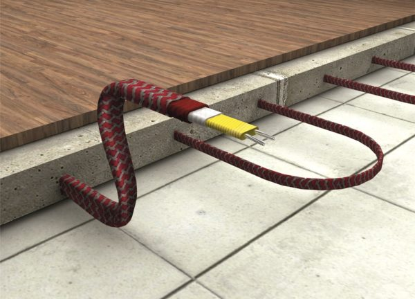Монтировать кабельный пол проще, чем водяной